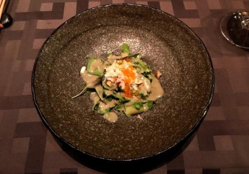 ずわい蟹と蟹味噌ソースのサラダ