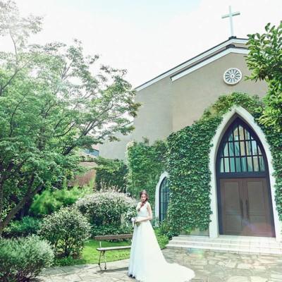 南青山サンタキアラ教会の外観