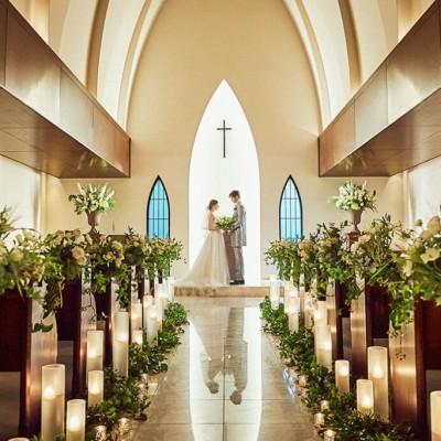南青山サンタキアラ教会の内観
