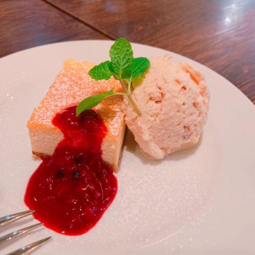 チーズケーキ・ナッツのアイスクリーム
