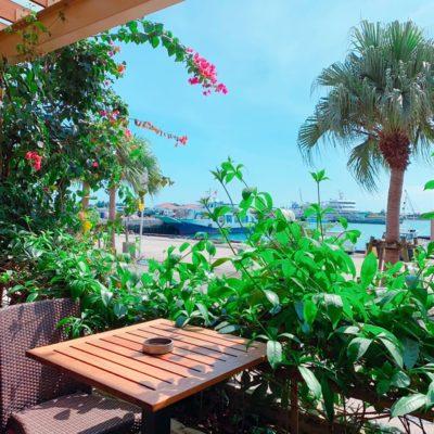 ブルーカフェ石垣島のテラス席