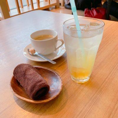 ホットコーヒーと自家製はちみつレモンソーダ