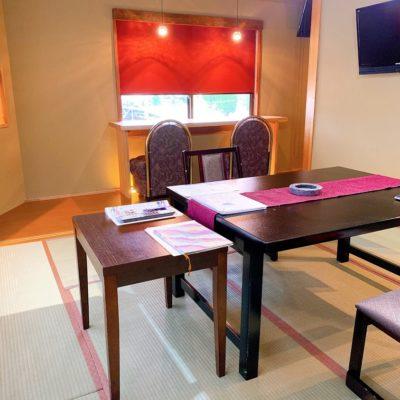 半露天風呂付客室「風林」お食事スペース