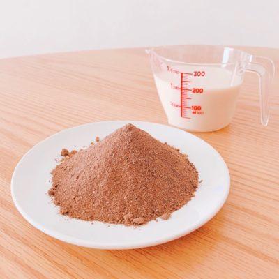 ザ・ヨギーニフード100(カカオ)×豆乳