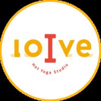 「ホットヨガスタジオloIve」公式ロゴ