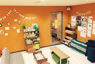 「zen place 学芸大学スタジオ」のラウンジ