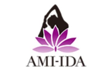 「アミーダヨガ」公式ロゴ