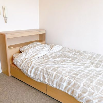 「アミーダヨガアカデミー」個室据え置きベッド
