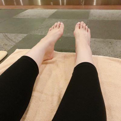 脚のストレッチ